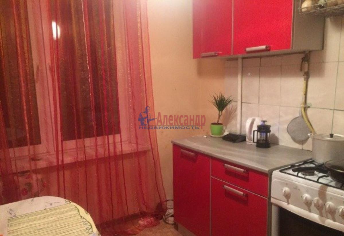 Комната в 2-комнатной квартире (48м2) в аренду по адресу Малый В.О. пр., 41— фото 4 из 5