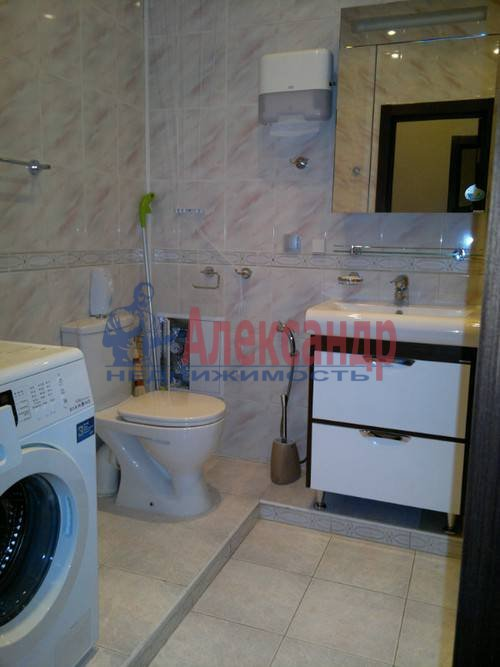2-комнатная квартира (80м2) в аренду по адресу Энгельса пр., 93— фото 5 из 7