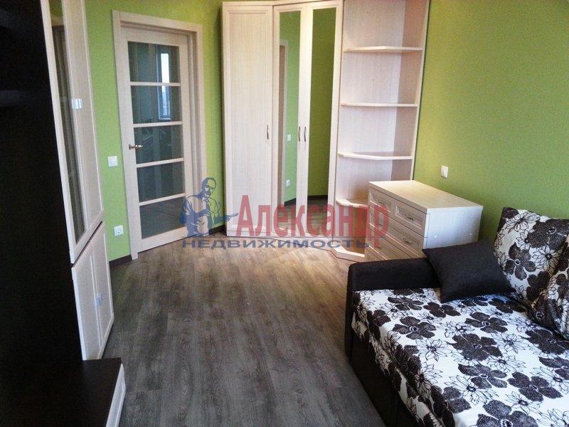 1-комнатная квартира (45м2) в аренду по адресу Софийская ул., 28— фото 4 из 11