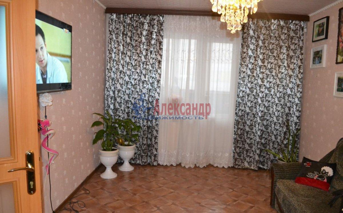 1-комнатная квартира (38м2) в аренду по адресу Дунайский пр., 14— фото 1 из 2