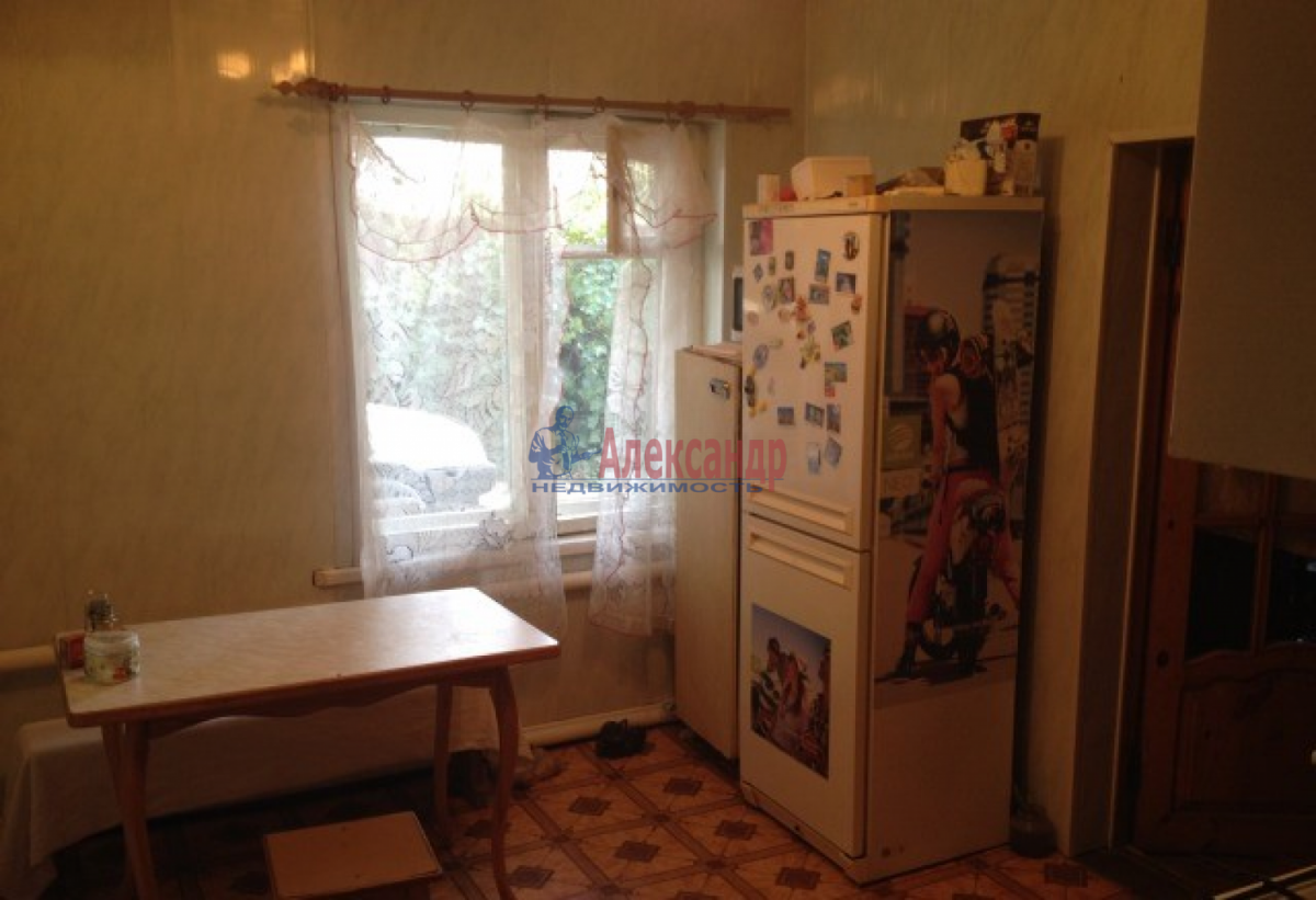 Комната в 3-комнатной квартире (73м2) в аренду по адресу Шушары пос., Пушкинская ул.— фото 3 из 4