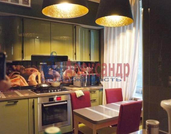 3-комнатная квартира (110м2) в аренду по адресу Кирочная ул., 17— фото 4 из 5