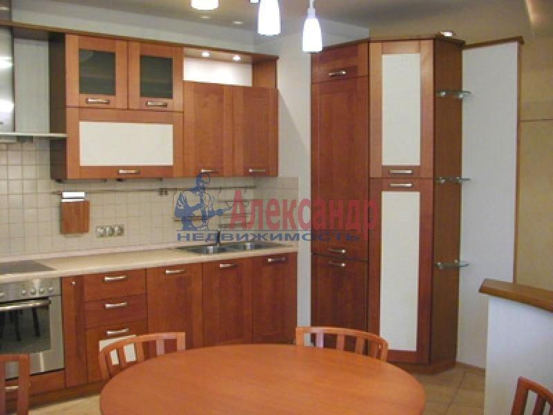 2-комнатная квартира (80м2) в аренду по адресу Ушинского ул., 2— фото 2 из 2