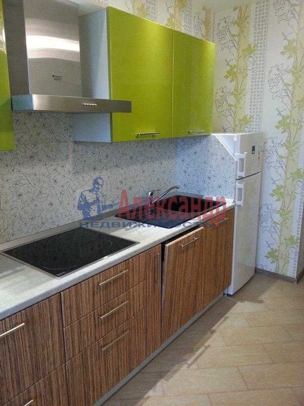 1-комнатная квартира (45м2) в аренду по адресу Софийская ул., 28— фото 8 из 11