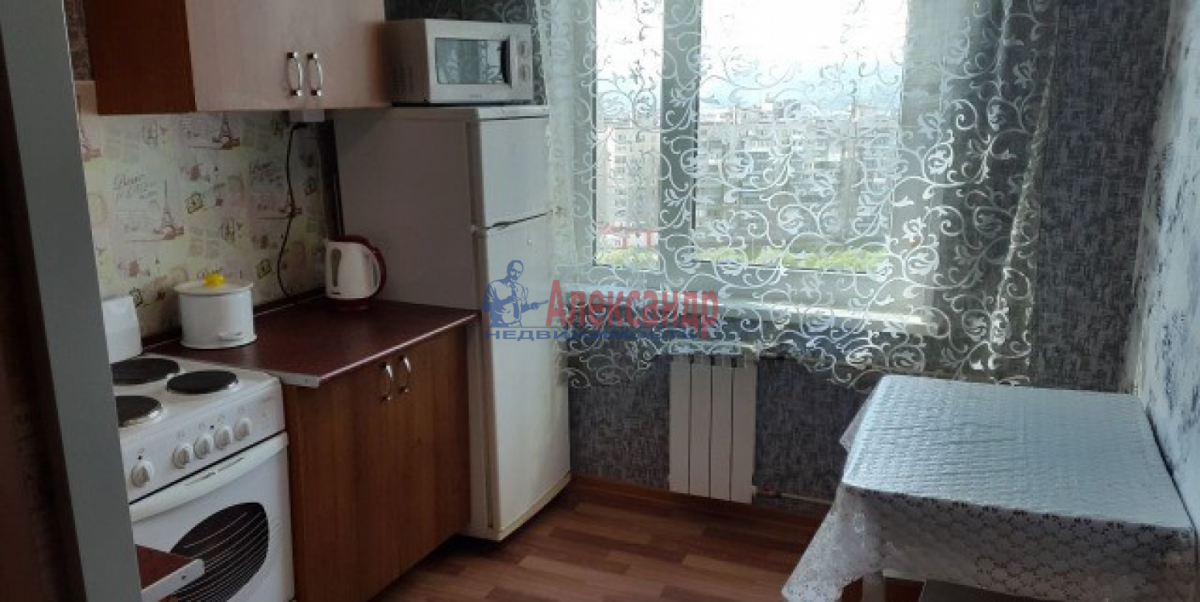 1-комнатная квартира (36м2) в аренду по адресу Ленинский пр., 129— фото 1 из 3