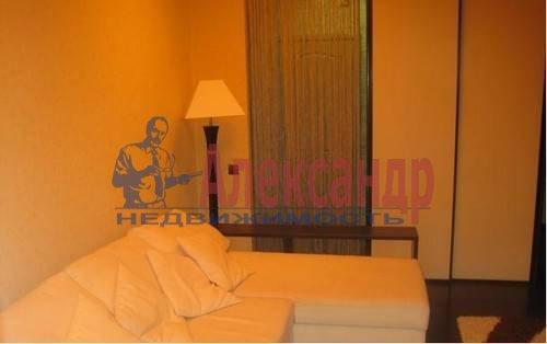 2-комнатная квартира (62м2) в аренду по адресу Коллонтай ул., 17— фото 2 из 5