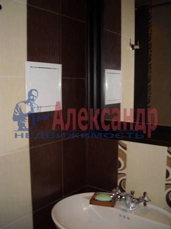 2-комнатная квартира (75м2) в аренду по адресу Приморский пр., 137— фото 2 из 7