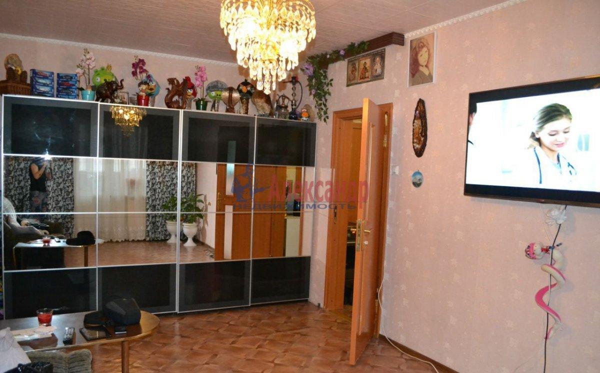1-комнатная квартира (38м2) в аренду по адресу Дунайский пр., 14— фото 2 из 2