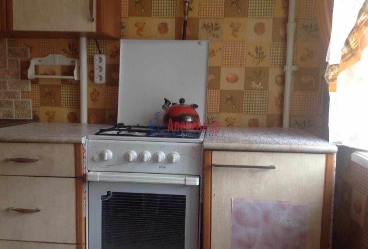 Комната в 3-комнатной квартире (56м2) в аренду по адресу Пловдивская ул., 3— фото 4 из 5