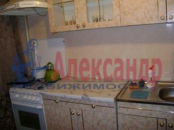 1-комнатная квартира (30м2) в аренду по адресу Новоизмайловский просп., 28— фото 1 из 2