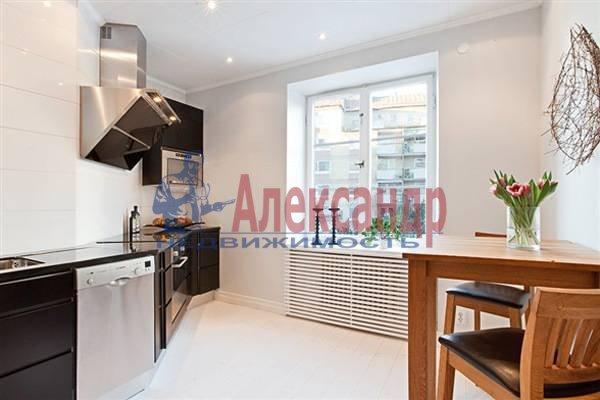 2-комнатная квартира (70м2) в аренду по адресу Итальянская ул.— фото 2 из 12