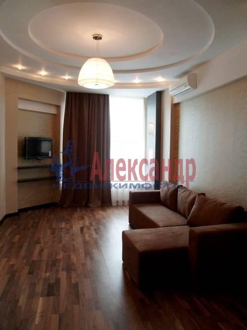 2-комнатная квартира (67м2) в аренду по адресу Космонавтов просп., 37— фото 5 из 7