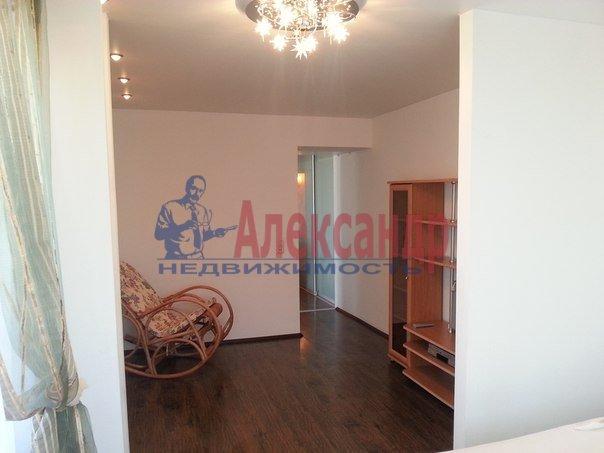 2-комнатная квартира (65м2) в аренду по адресу Конный пер., 1— фото 7 из 8