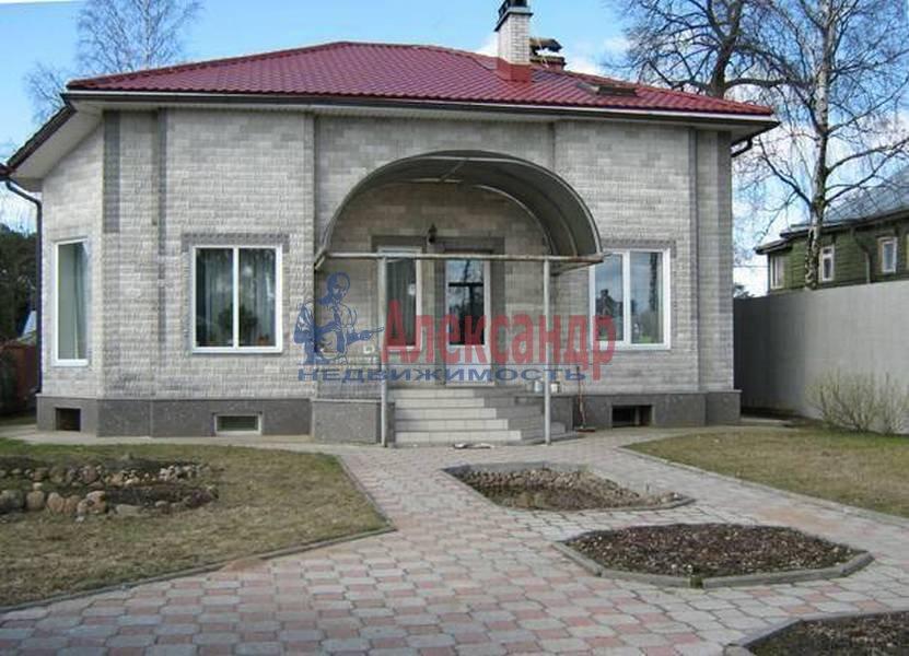 Дом (300м2) в аренду — фото 1 из 6