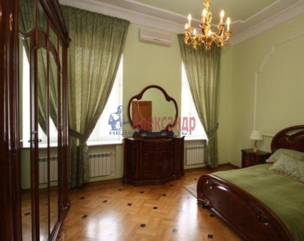 2-комнатная квартира (55м2) в аренду по адресу Съезжинская ул., 19— фото 1 из 3