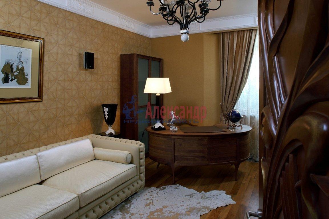 3-комнатная квартира (115м2) в аренду по адресу Волховский пер., 4— фото 2 из 4
