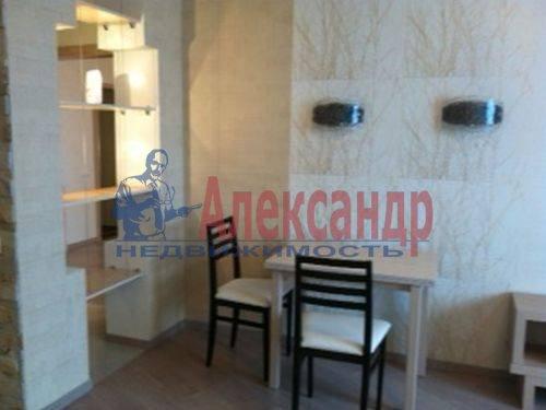 3-комнатная квартира (98м2) в аренду по адресу Савушкина ул., 127— фото 4 из 8