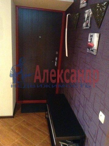 2-комнатная квартира (70м2) в аренду по адресу Науки пр., 17— фото 3 из 6