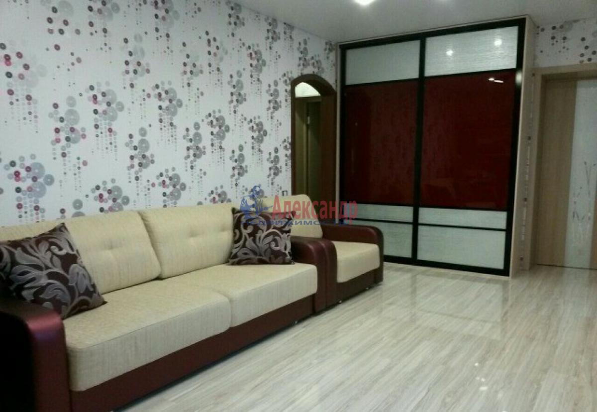 1-комнатная квартира (36м2) в аренду по адресу Ленинский пр., 129— фото 2 из 3