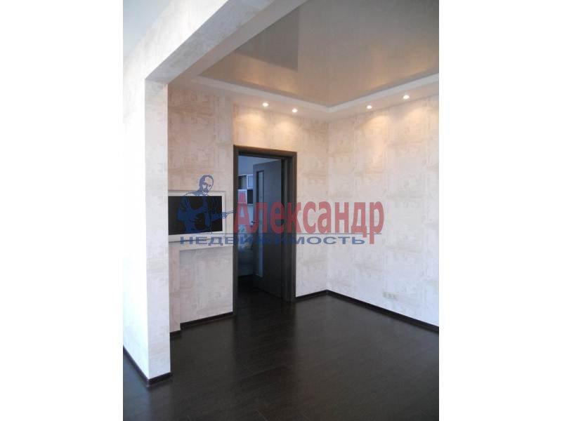 3-комнатная квартира (97м2) в аренду по адресу Коломяжский пр., 15— фото 6 из 6
