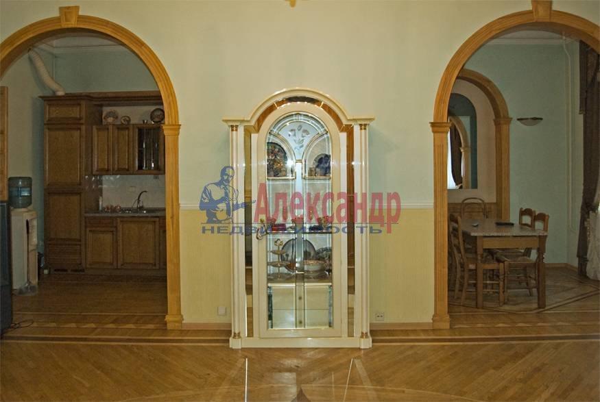 2-комнатная квартира (167м2) в аренду по адресу Фурштатская ул., 47— фото 4 из 8