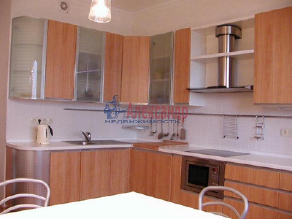 2-комнатная квартира (59м2) в аренду по адресу Мурино пос., Привокзальная пл., 5— фото 3 из 4