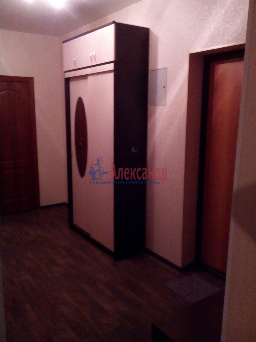 2-комнатная квартира (72м2) в аренду по адресу Лыжный пер., 4— фото 4 из 9