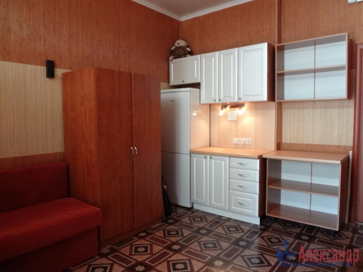 Комната в 4-комнатной квартире (118м2) в аренду по адресу Свечной пер., 7— фото 1 из 5
