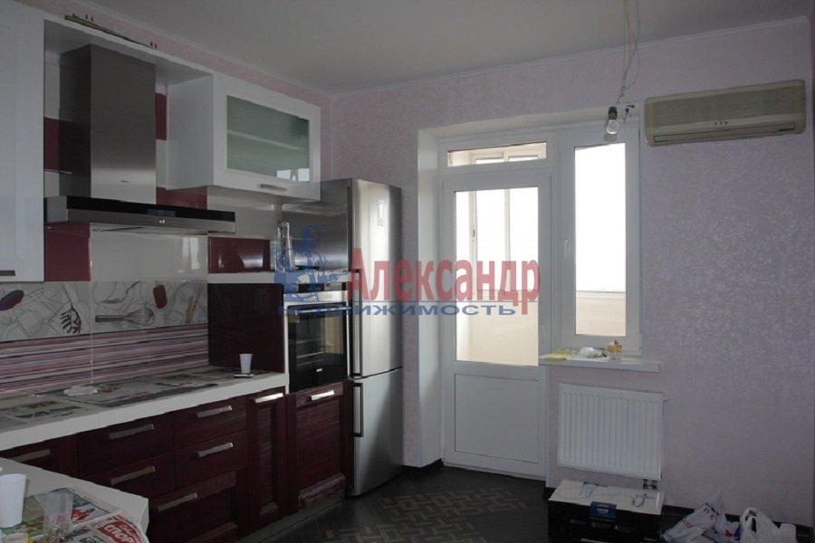 2-комнатная квартира (60м2) в аренду по адресу Парголово пос., Михаила Дудина ул., 23— фото 1 из 5