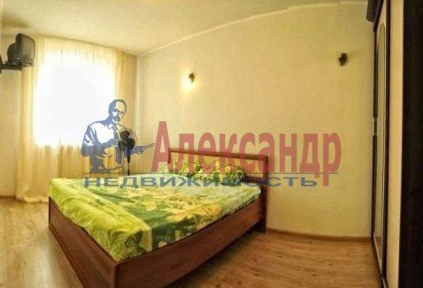 1-комнатная квартира (40м2) в аренду по адресу Орджоникидзе ул., 35— фото 2 из 4
