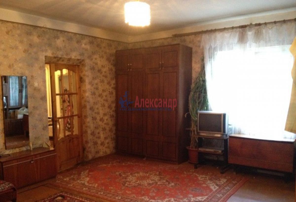 Комната в 3-комнатной квартире (73м2) в аренду по адресу Шушары пос., Пушкинская ул.— фото 1 из 4