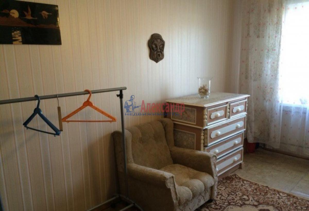 Комната в 4-комнатной квартире (80м2) в аренду по адресу Ленинский пр., 127— фото 2 из 5