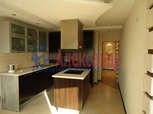 3-комнатная квартира (97м2) в аренду по адресу Яхтенная ул., 3— фото 1 из 5