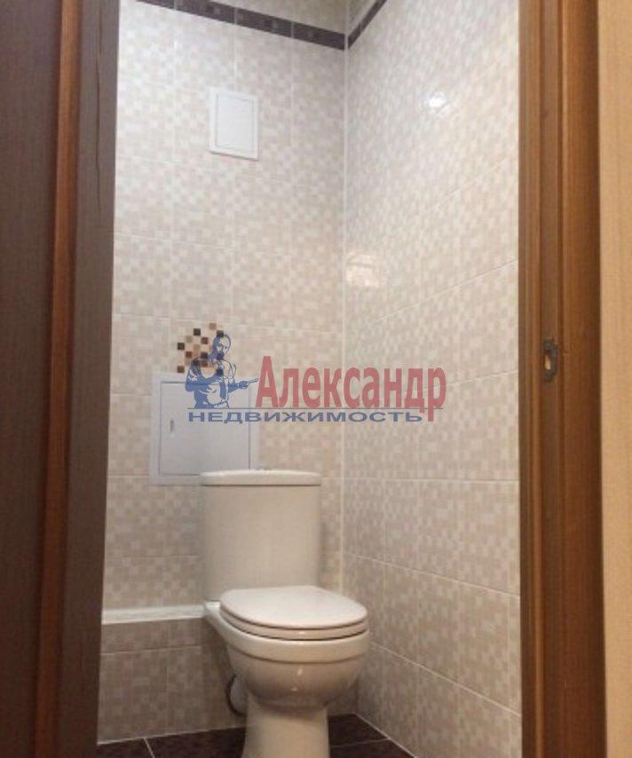 2-комнатная квартира (70м2) в аренду по адресу Просвещения пр., 15— фото 2 из 8
