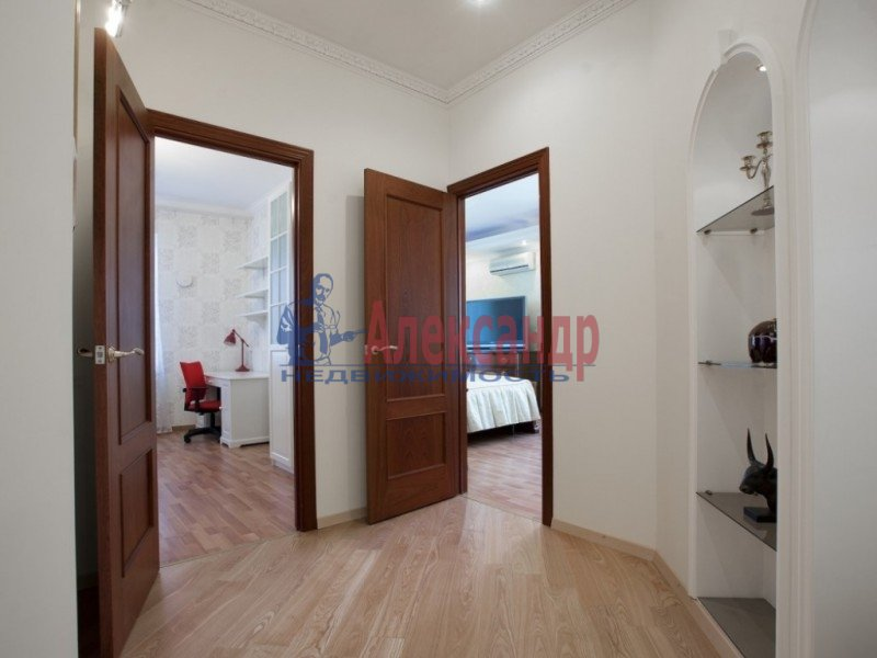 3-комнатная квартира (120м2) в аренду по адресу Парадная ул., 3— фото 7 из 15