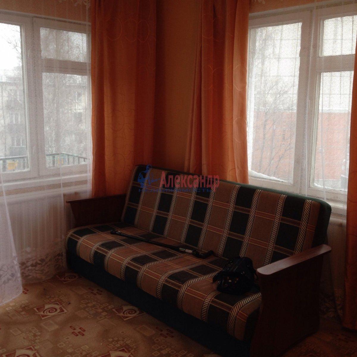 1-комнатная квартира (36м2) в аренду по адресу Карпинского ул., 31— фото 1 из 7