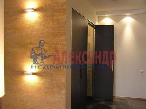 3-комнатная квартира (100м2) в аренду по адресу Веденеева ул., 8— фото 3 из 11