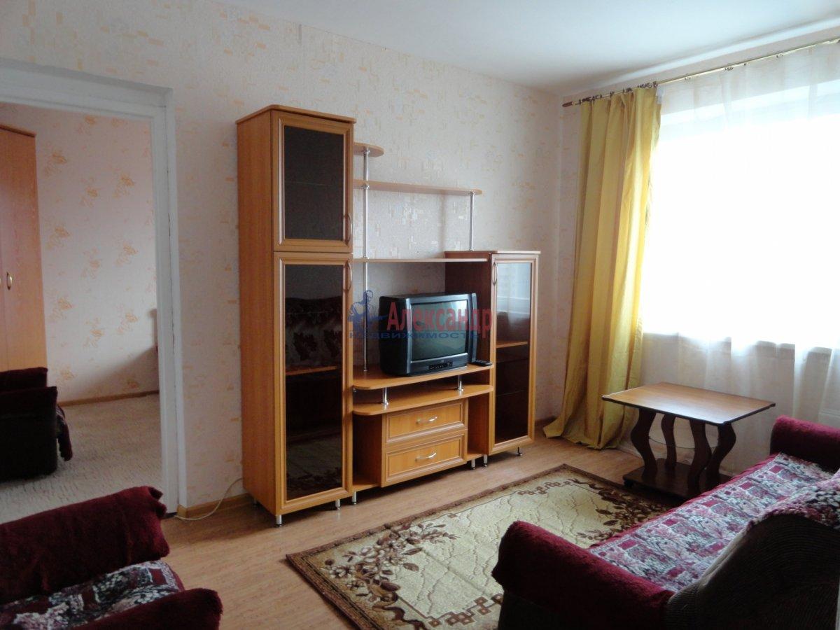 1-комнатная квартира (42м2) в аренду по адресу Учительская ул., 18— фото 1 из 1