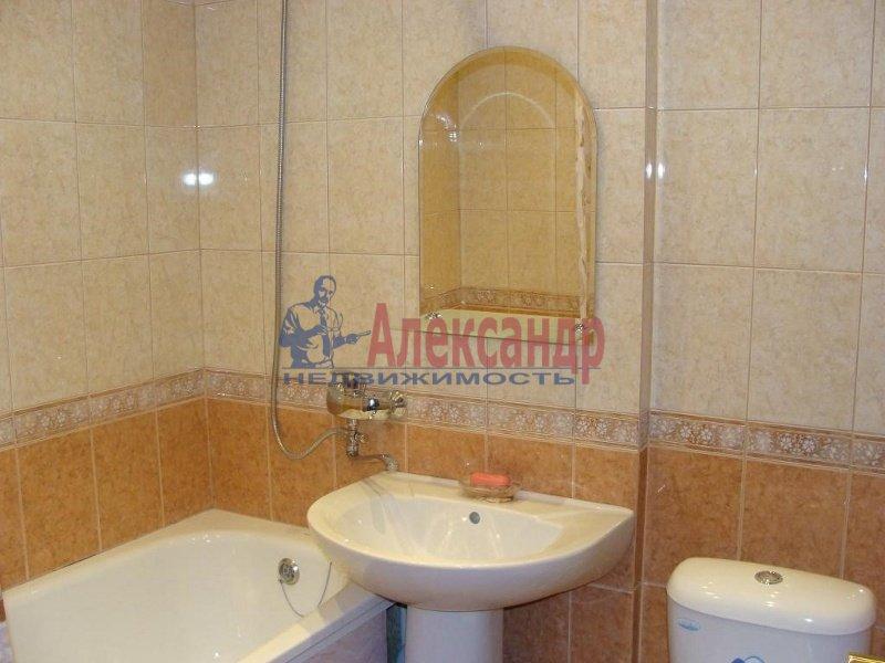 1-комнатная квартира (34м2) в аренду по адресу Шаумяна пр., 75— фото 3 из 3