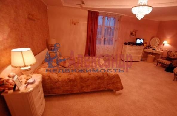 3-комнатная квартира (110м2) в аренду по адресу Шпалерная ул., 34— фото 2 из 5