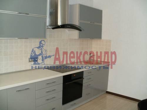 1-комнатная квартира (49м2) в аренду по адресу Коломяжский пр., 15— фото 1 из 6