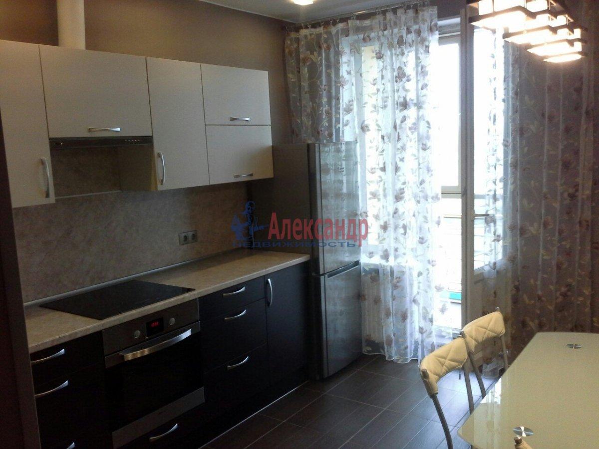 1-комнатная квартира (44м2) в аренду по адресу Белы Куна ул., 1— фото 2 из 14