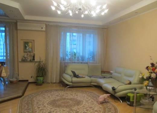 3-комнатная квартира (110м2) в аренду по адресу Кондратьевский пр., 64— фото 1 из 3
