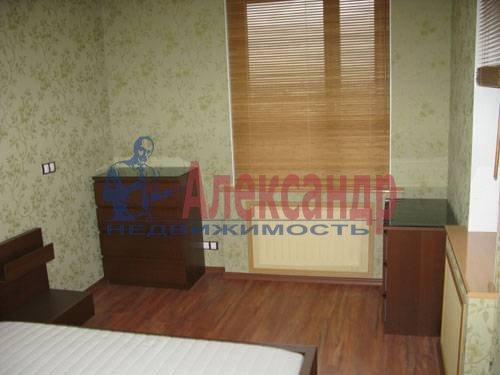 1-комнатная квартира (120м2) в аренду по адресу Новочеркасский пр., 33— фото 4 из 7