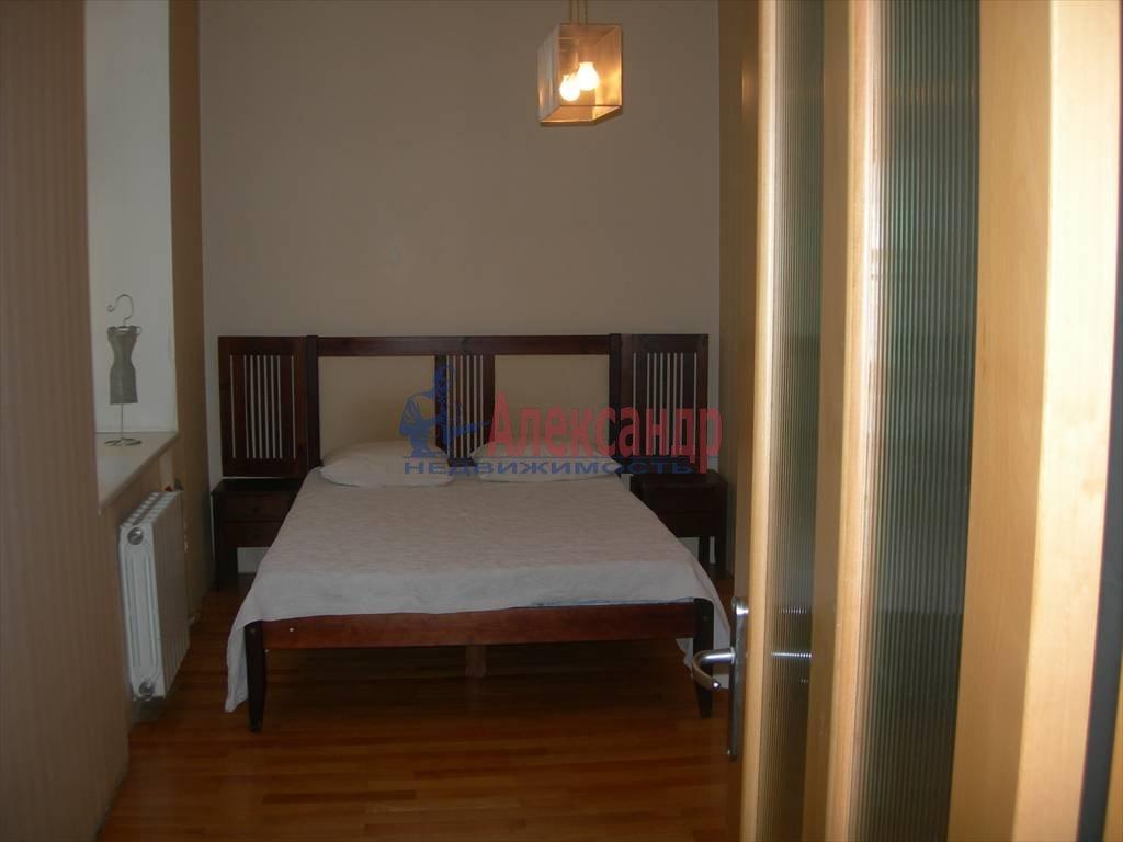 2-комнатная квартира (80м2) в аренду по адресу Маяковского ул., 1— фото 4 из 6