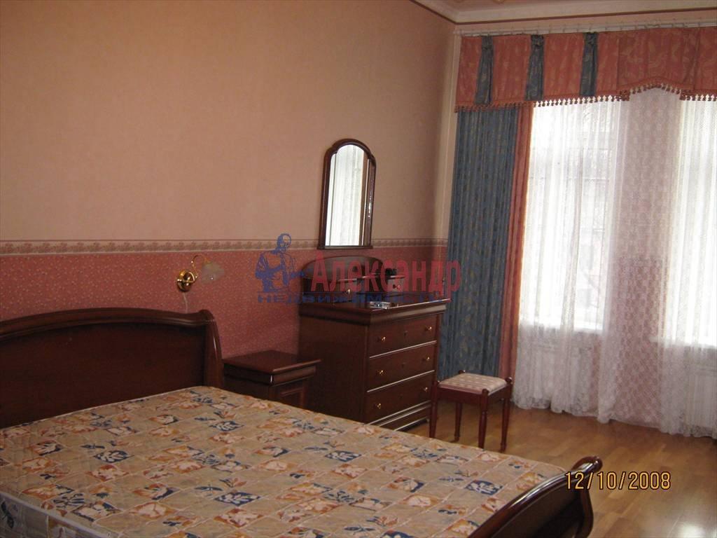 2-комнатная квартира (55м2) в аренду по адресу Наставников пр., 10— фото 4 из 4