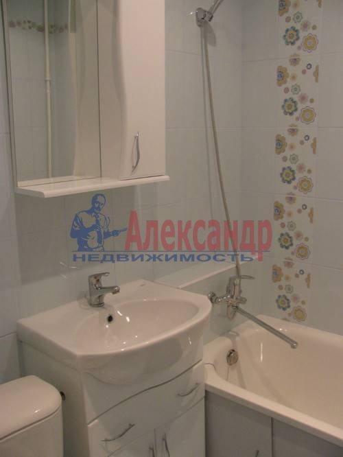 1-комнатная квартира (39м2) в аренду по адресу Испытателей пр., 8— фото 3 из 8