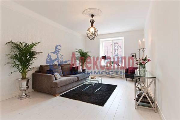 2-комнатная квартира (70м2) в аренду по адресу Итальянская ул.— фото 3 из 12