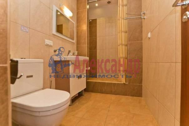 3-комнатная квартира (113м2) в аренду по адресу Кирочная ул., 16— фото 2 из 11