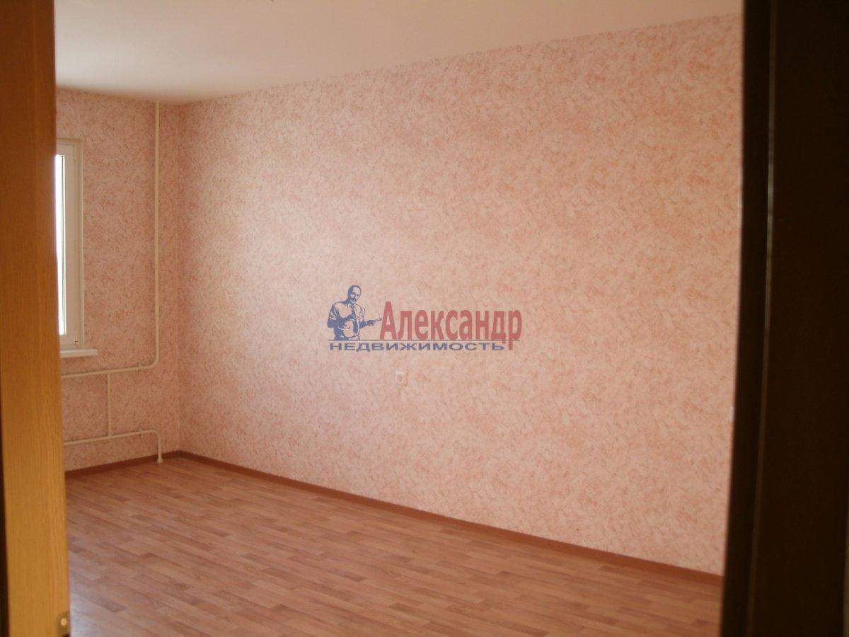 3-комнатная квартира (72м2) в аренду по адресу Федора Абрамова ул., 8— фото 4 из 4